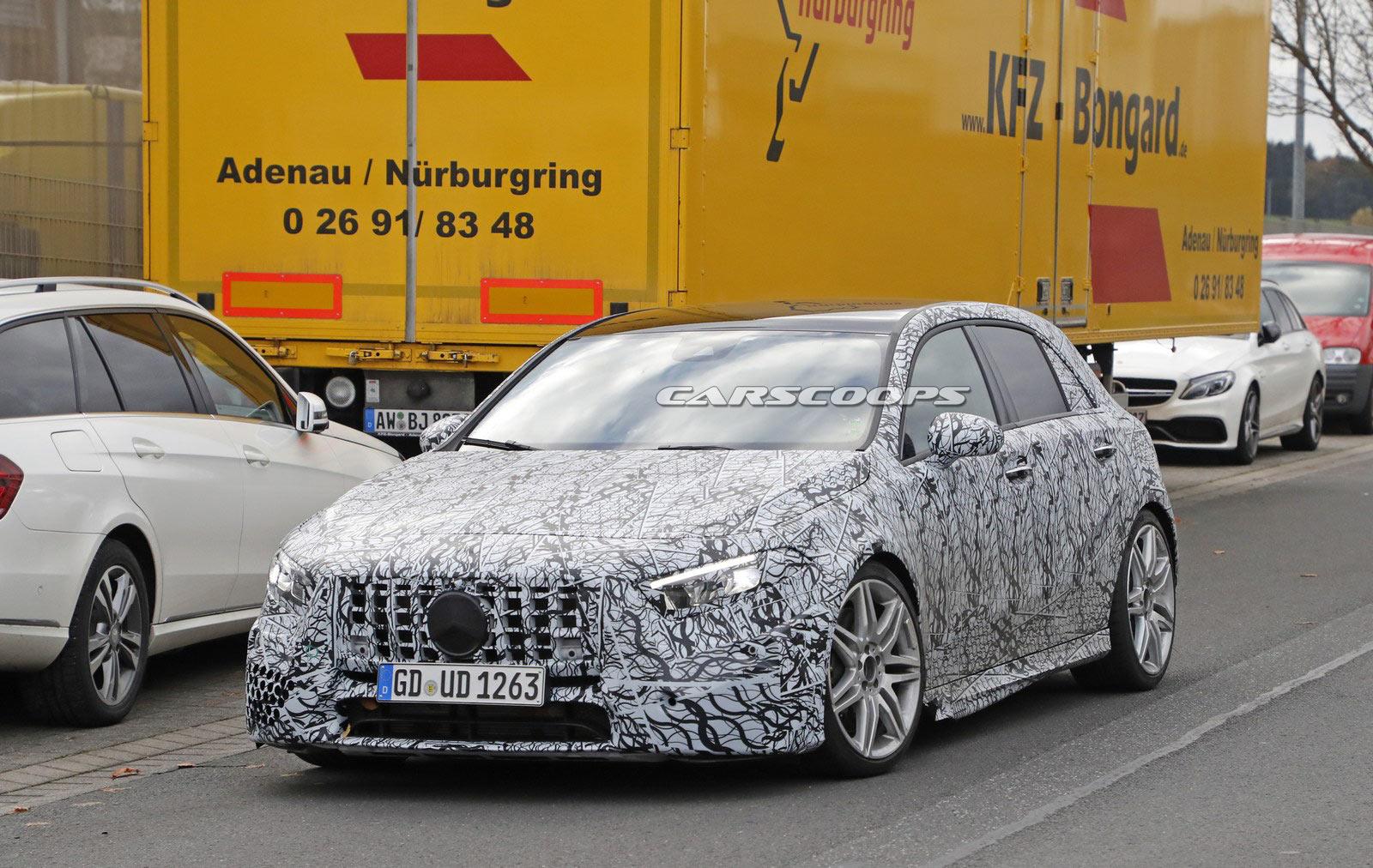 Photo of Mercedes-AMG A45 test esnasında yakalandı