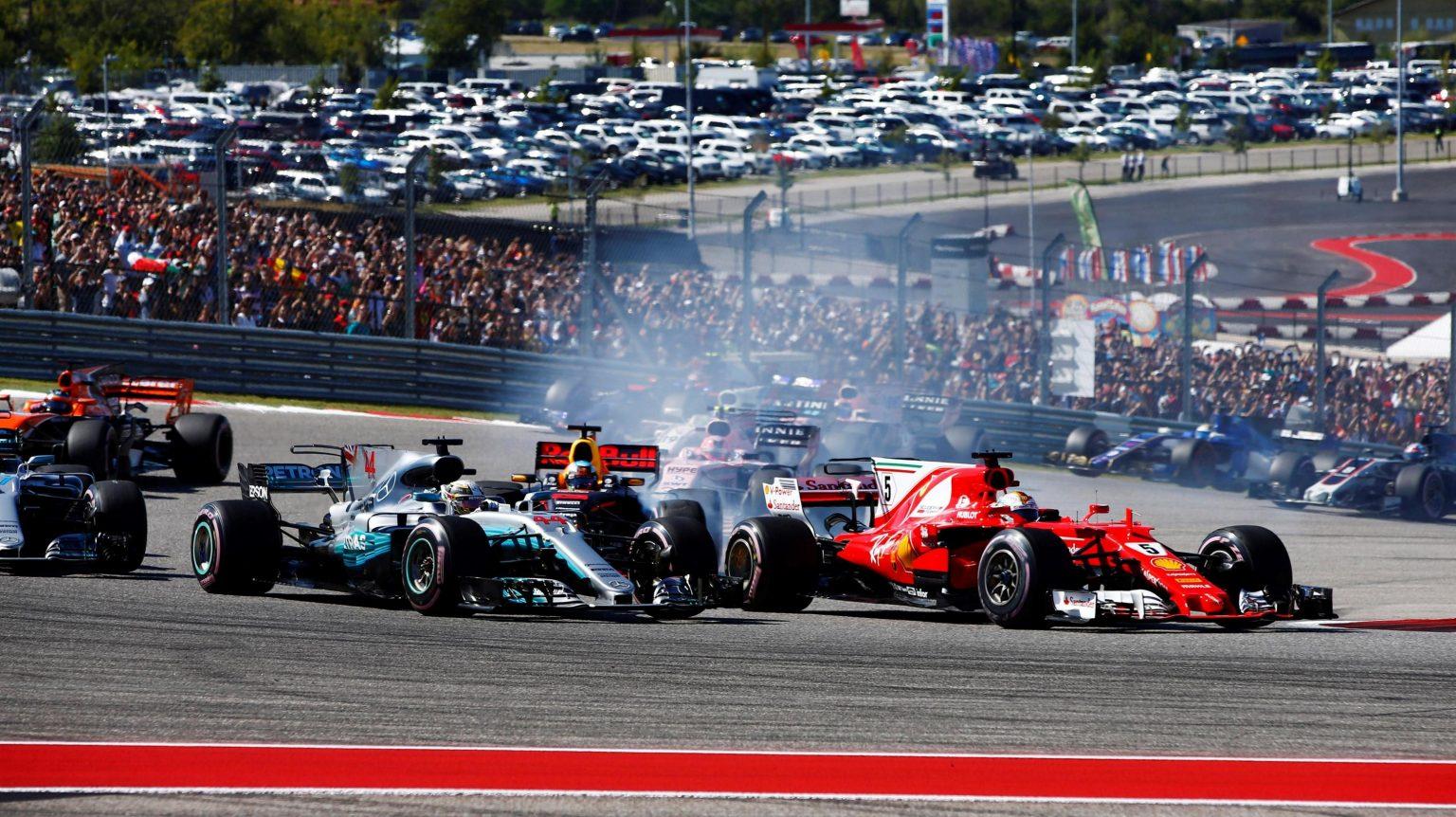 Photo of F1 Amerika GP: Mercedes şampiyonluğunu ilan etti!