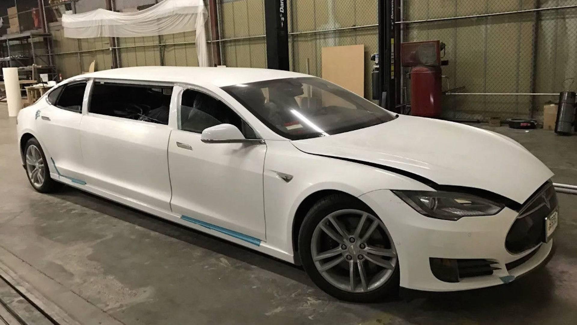 Photo of Tesla Model S, limuzin olsaydı nasıl görünürdü?