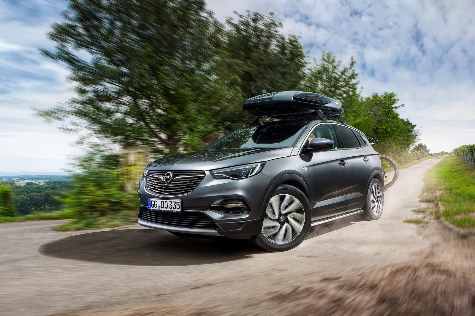 Photo of Opel, Cenevre Otomobil Fuarı'nı pas geçiyor