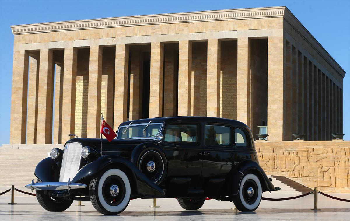 Photo of Atatürk'ün makam aracının restorasyonu tamamlandı