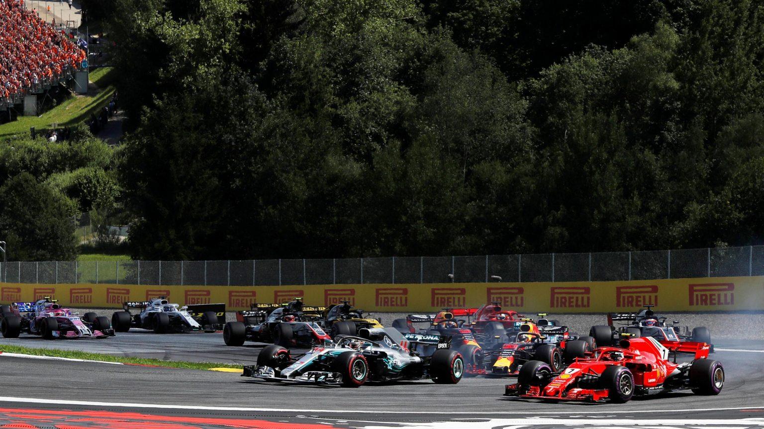 Photo of F1 Avusturya GP: Verstappen kazandı, Mercedes yolda kaldı!