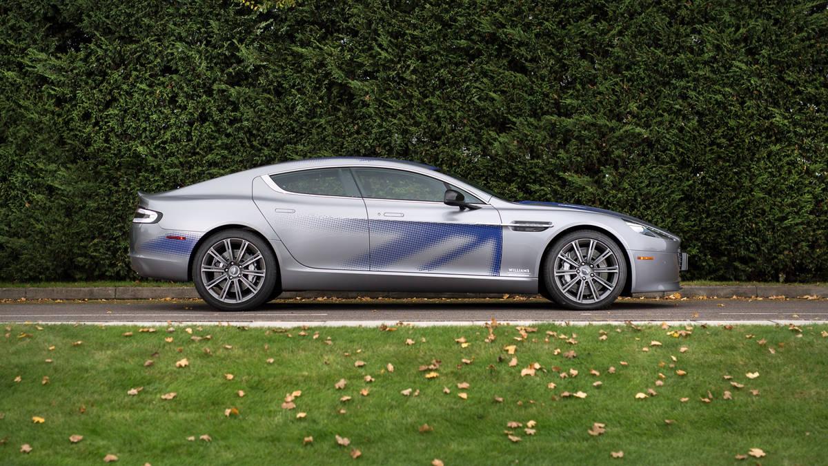 Photo of Aston Martin'in ilk elektrikli modeli Rapide E ortaya çıktı