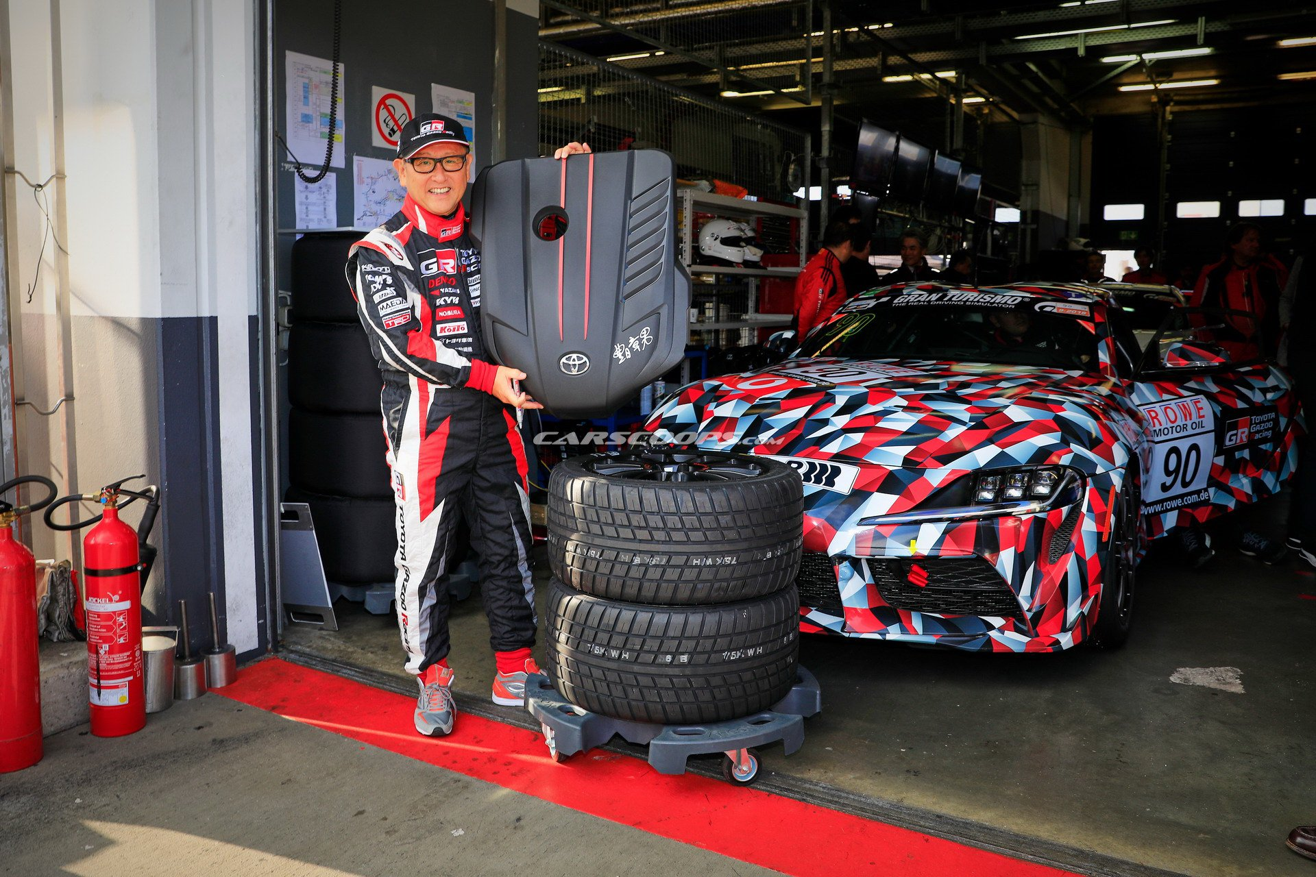 Photo of Akio Toyoda, yeni Supra'nın direksiyonuna geçti!