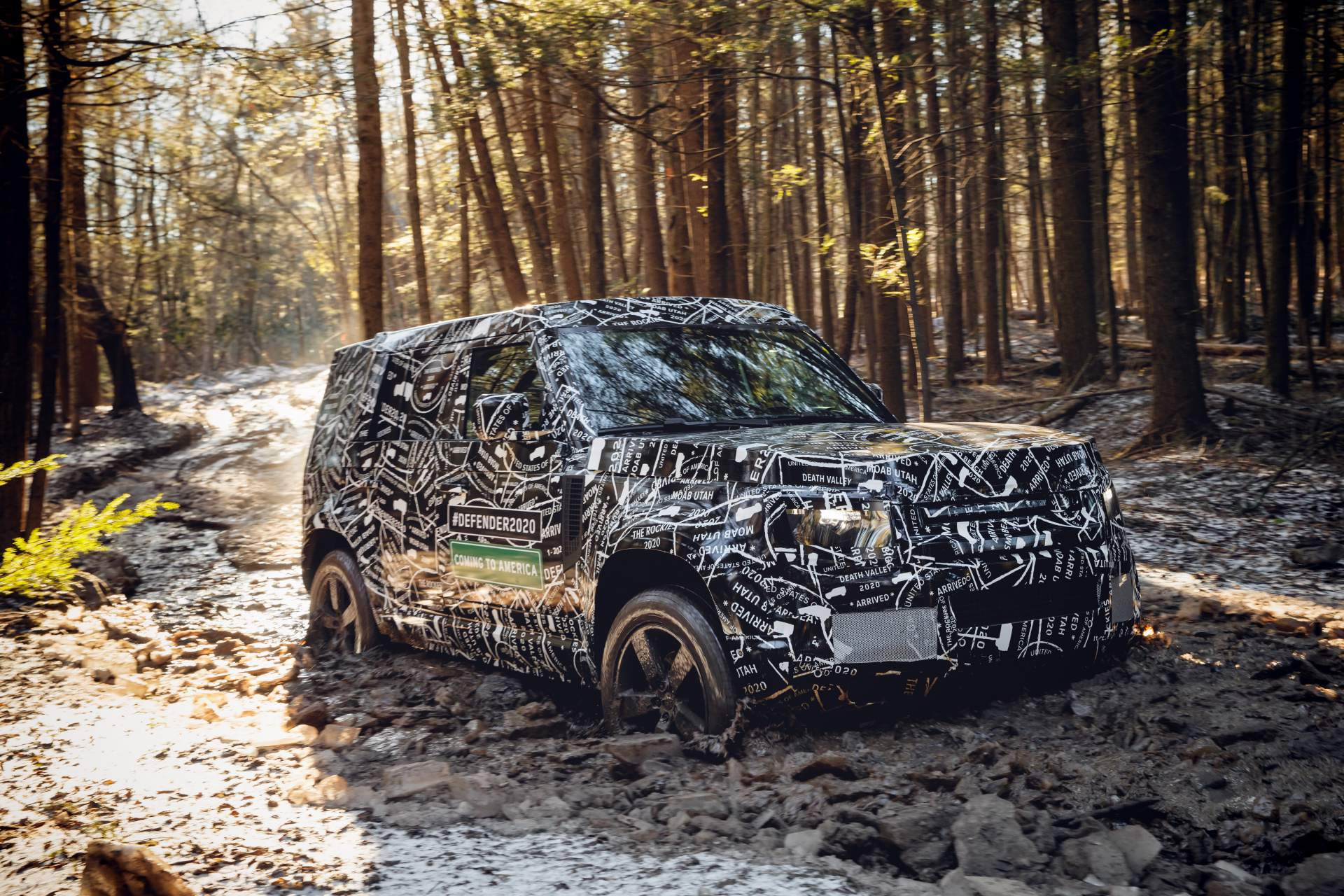 Photo of 2020 Land Rover Defender, kamuflajıyla araziye indi!