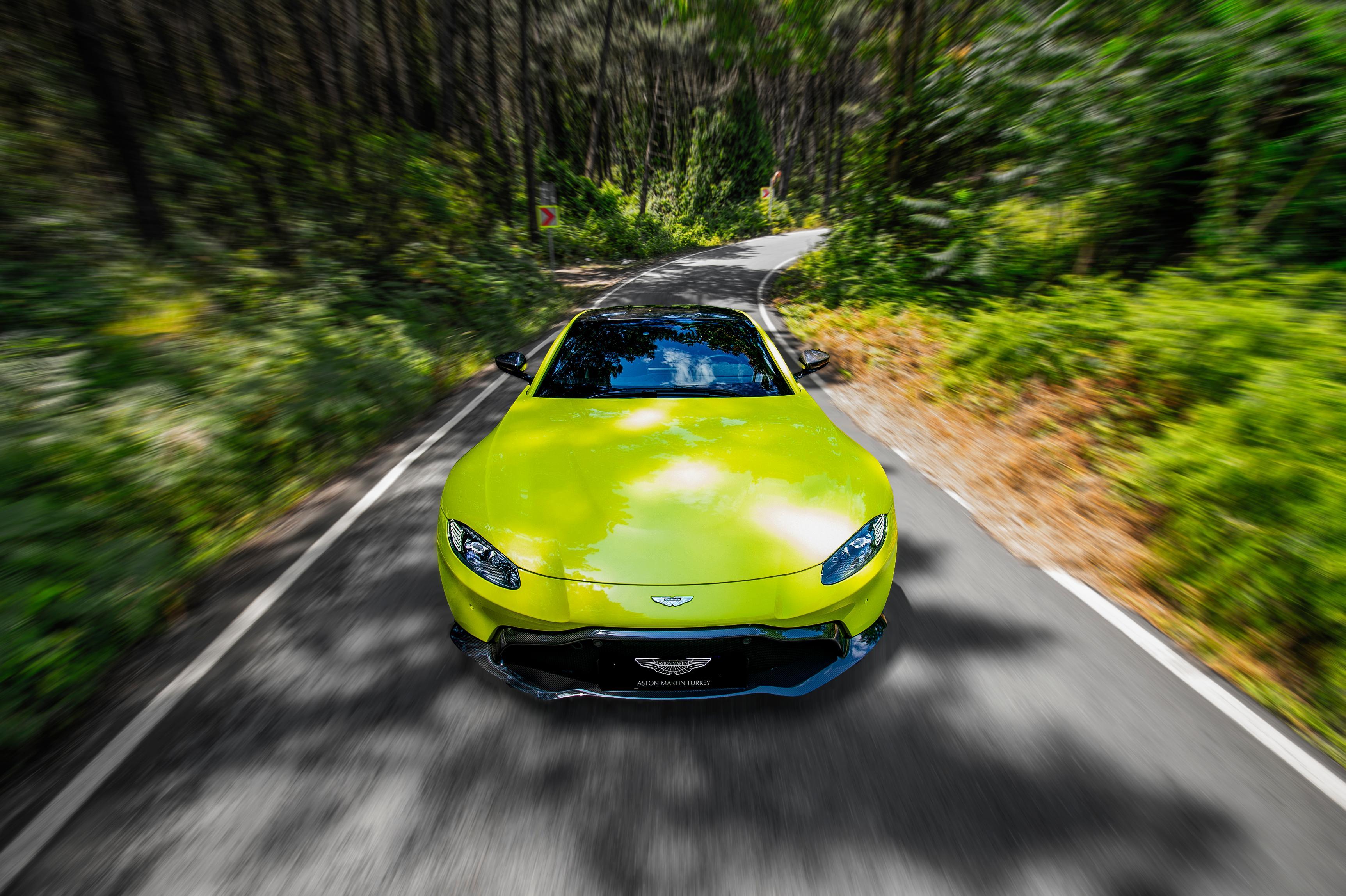 Photo of Aston Martin Vantage, 4 farklı renk seçeneğine daha kavuştu