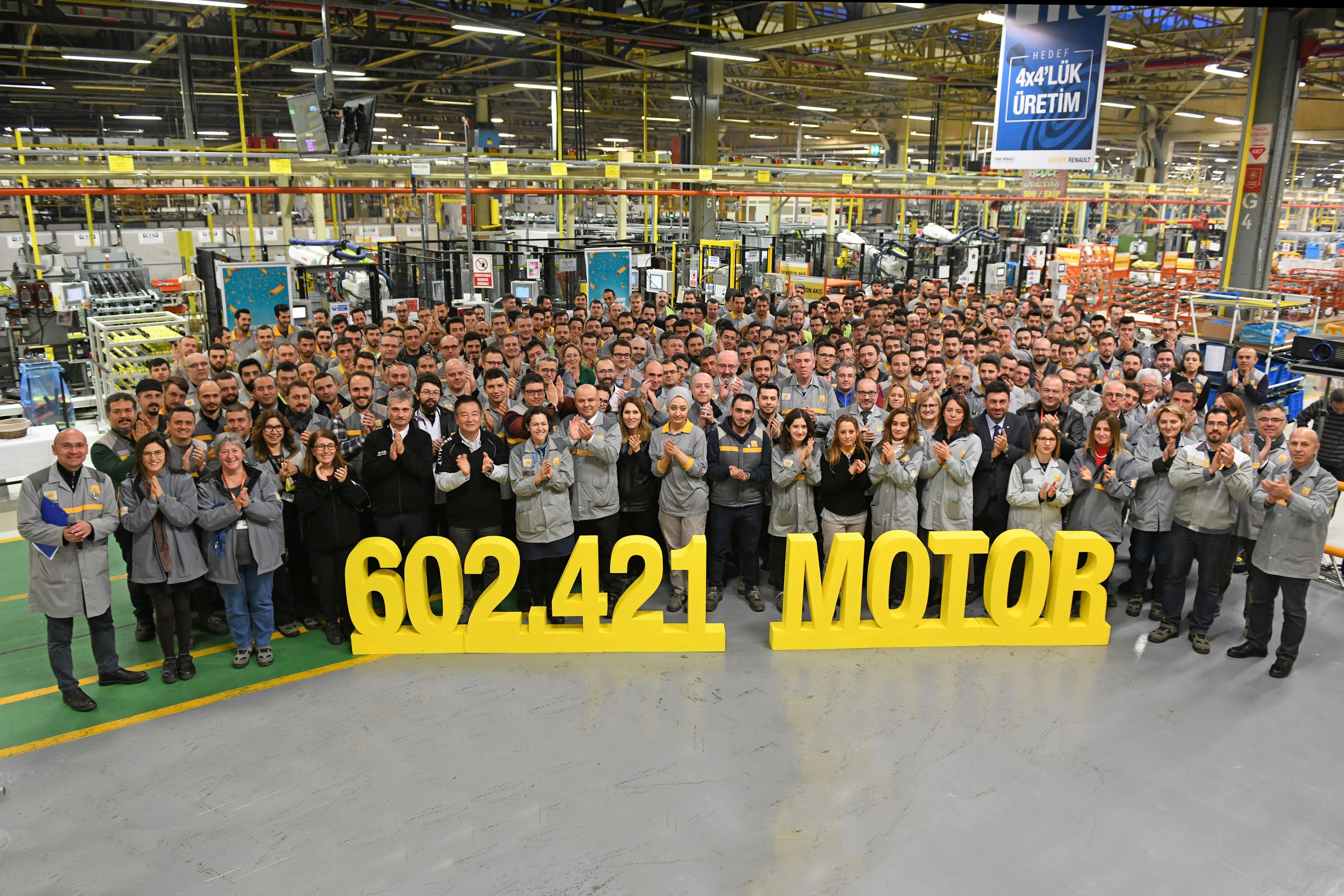 Photo of Oyak Renault'dan rekor motor üretimi