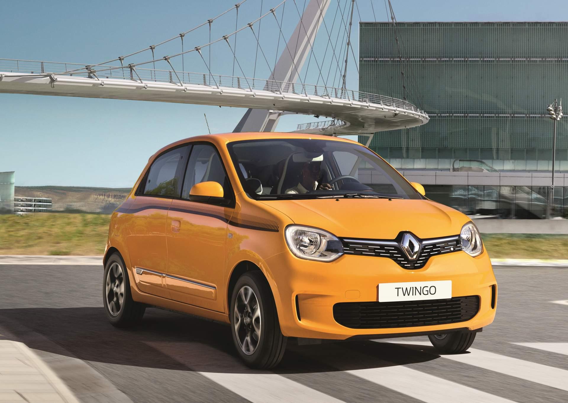 Photo of Makyajlı ve yeni motorlu Renault Twingo tanıtıldı!