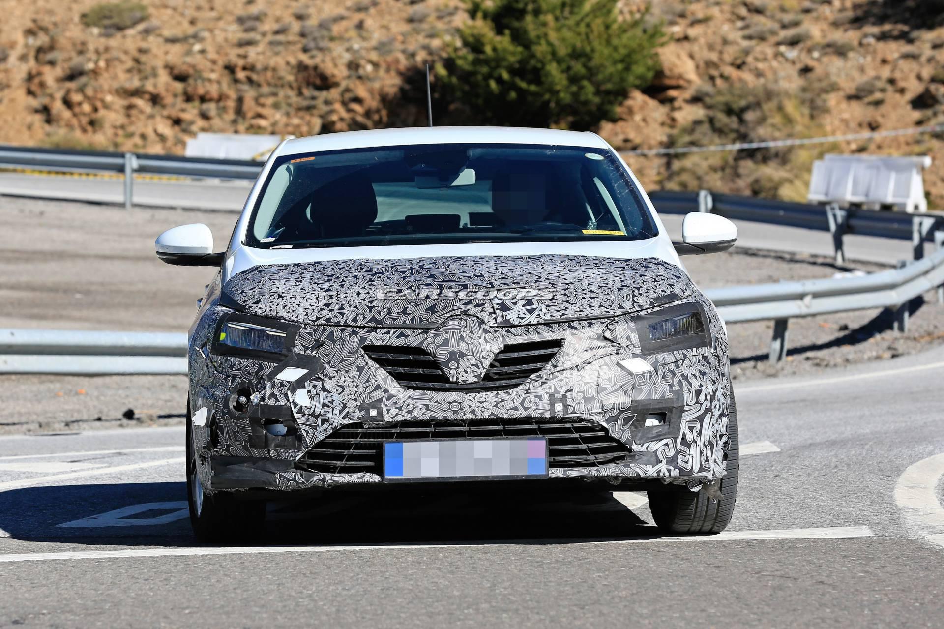 Photo of Renault Megane, Frankfurt'a makyajlanarak geliyor!