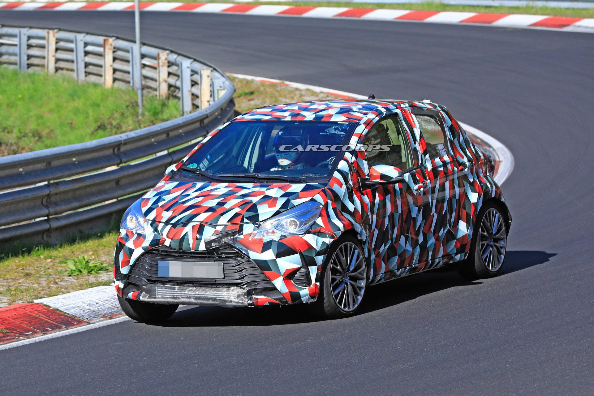 Photo of Yeni Toyota Yaris GRMN, kamuflajlı olarak ortaya çıktı