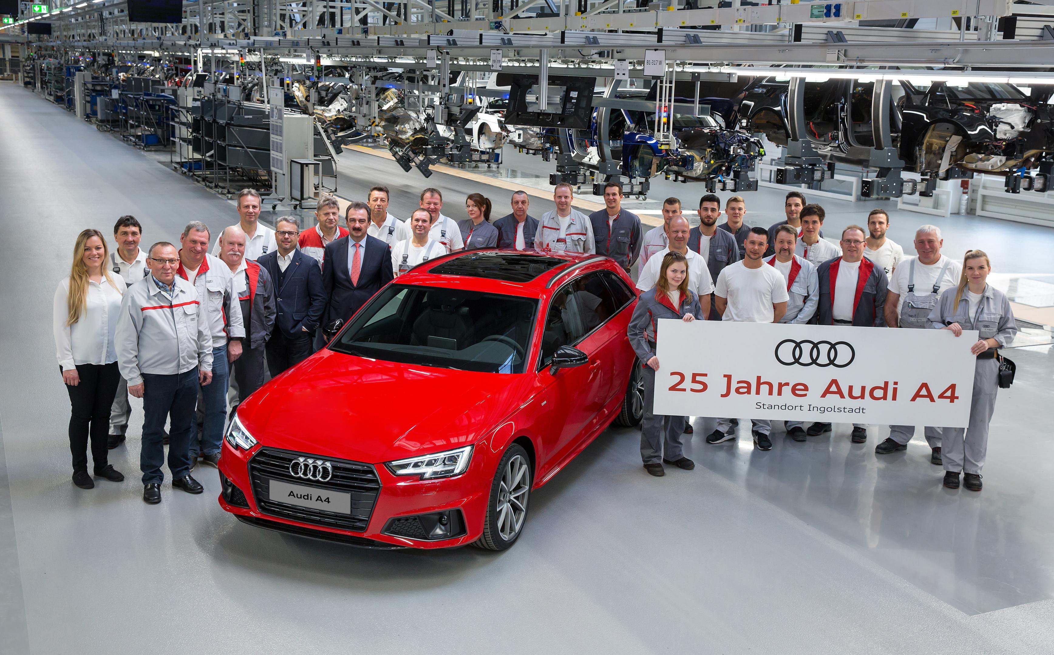 Photo of Audi'nin en çok satan modeli Audi A4 25 yaşında