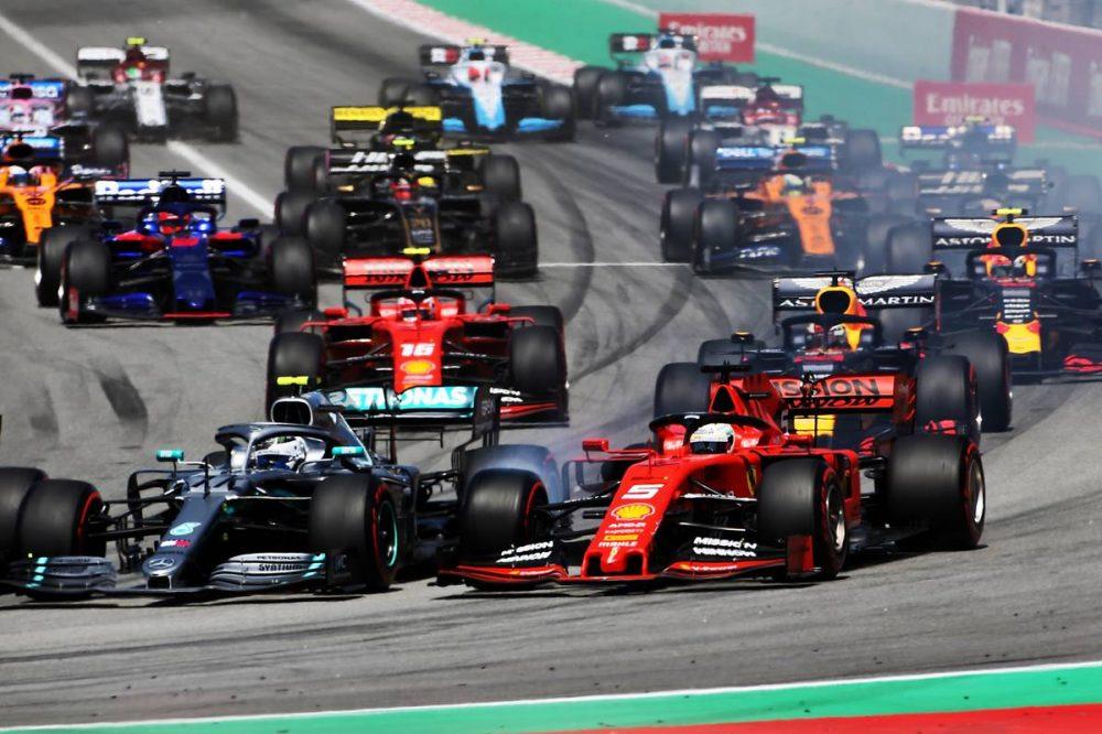Photo of F1 İspanya GP: Hamilton kazandı, Mercedes seriyi bozmadı!