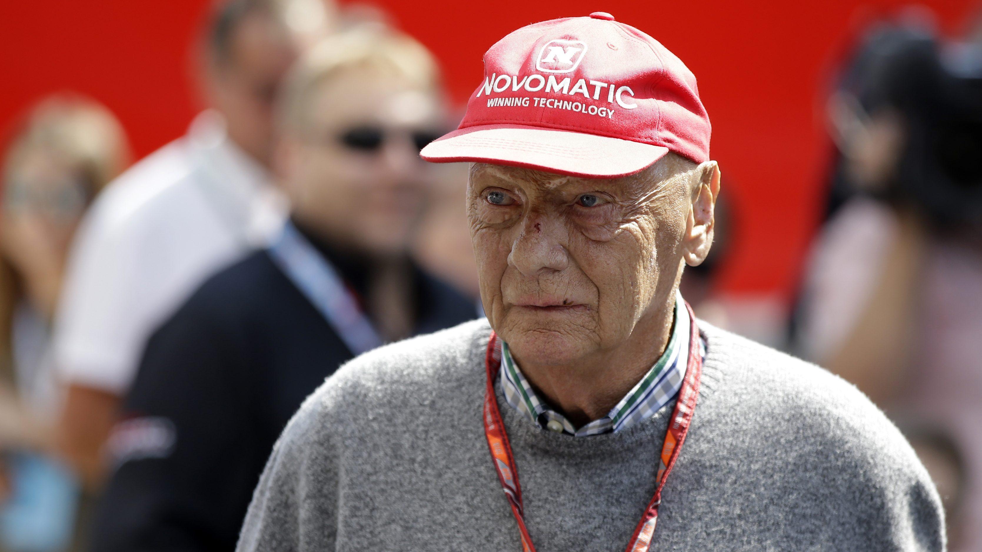 Photo of Formula 1 efsanesi Niki Lauda hayatını kaybetti