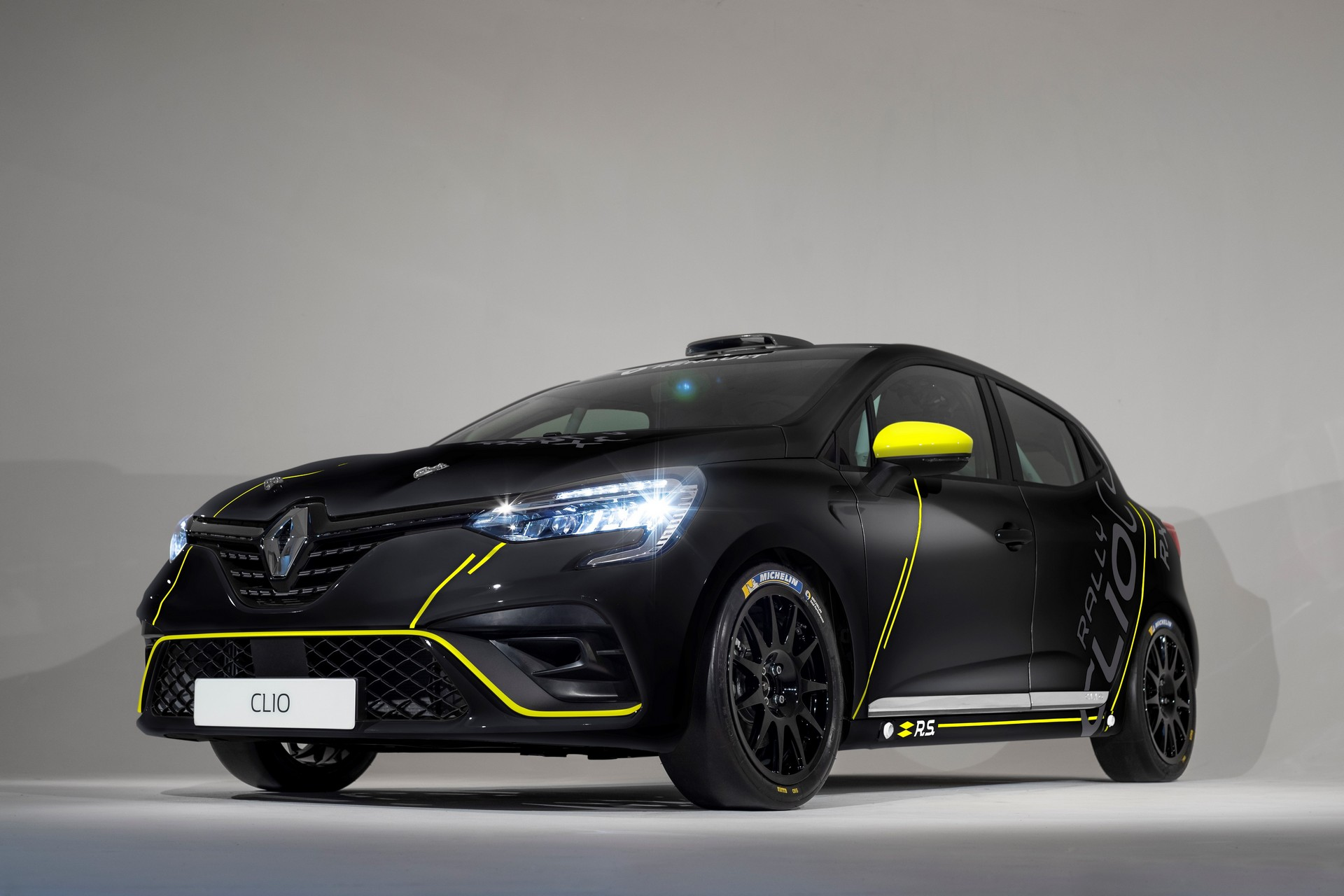 "Photo of Renault Clio'dan ""piste özel"" 3 yeni versiyon!"