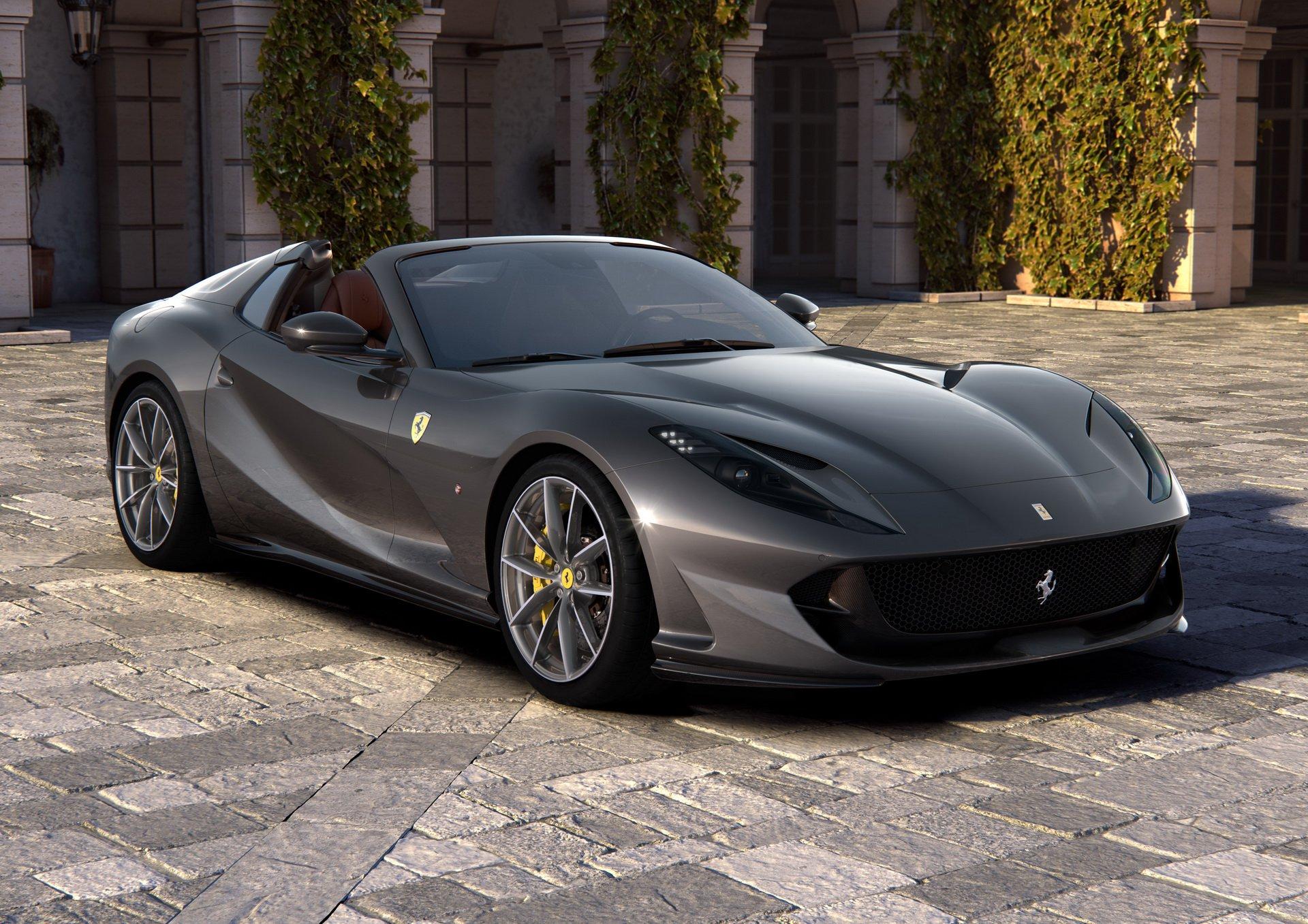 Photo of En güçlü cabrio otomobil tanıtıldı: Ferrari 812 GTS!