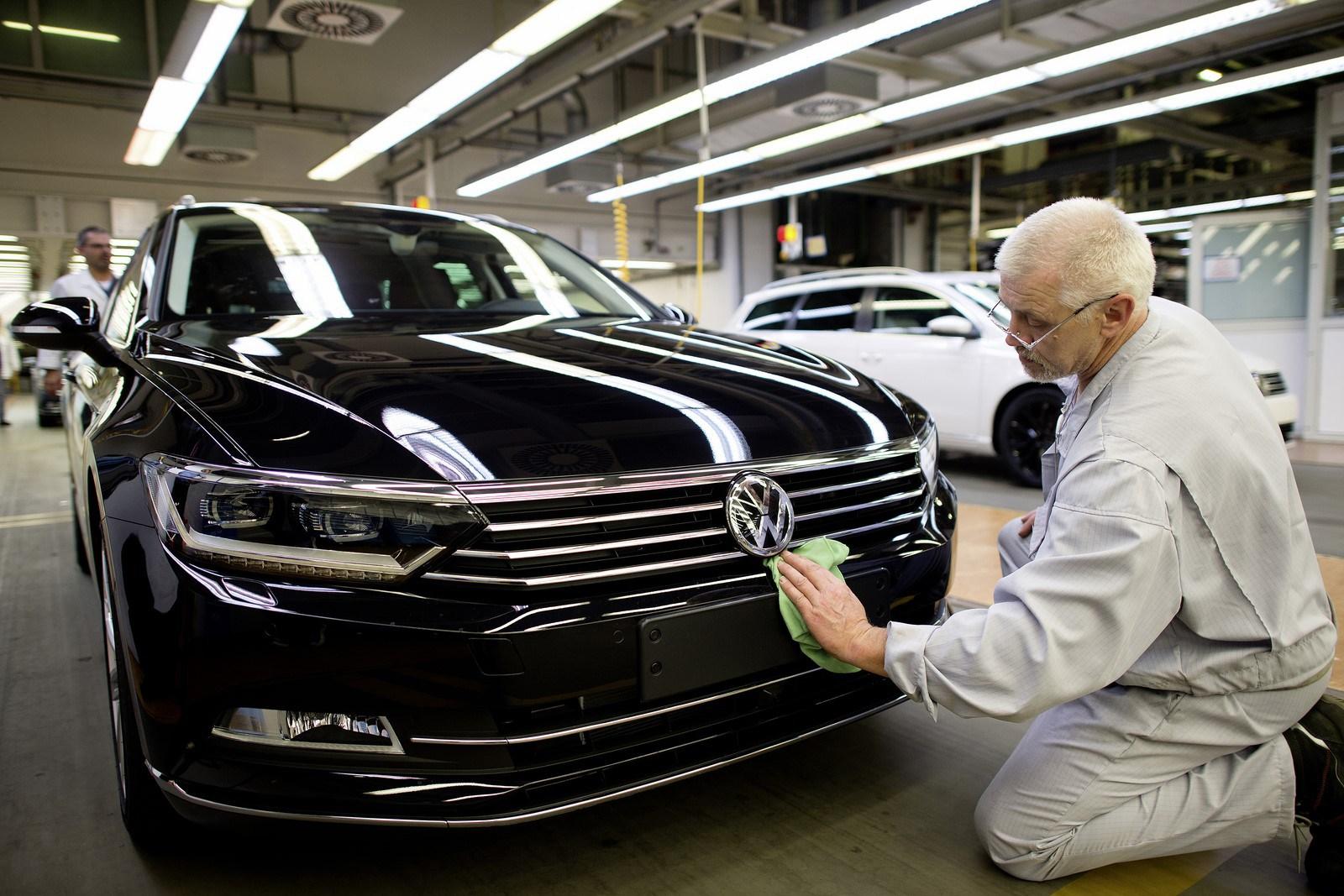 Photo of Çekya Başbakanı: Volkswagen yatırım için Türkiye'yi seçti!