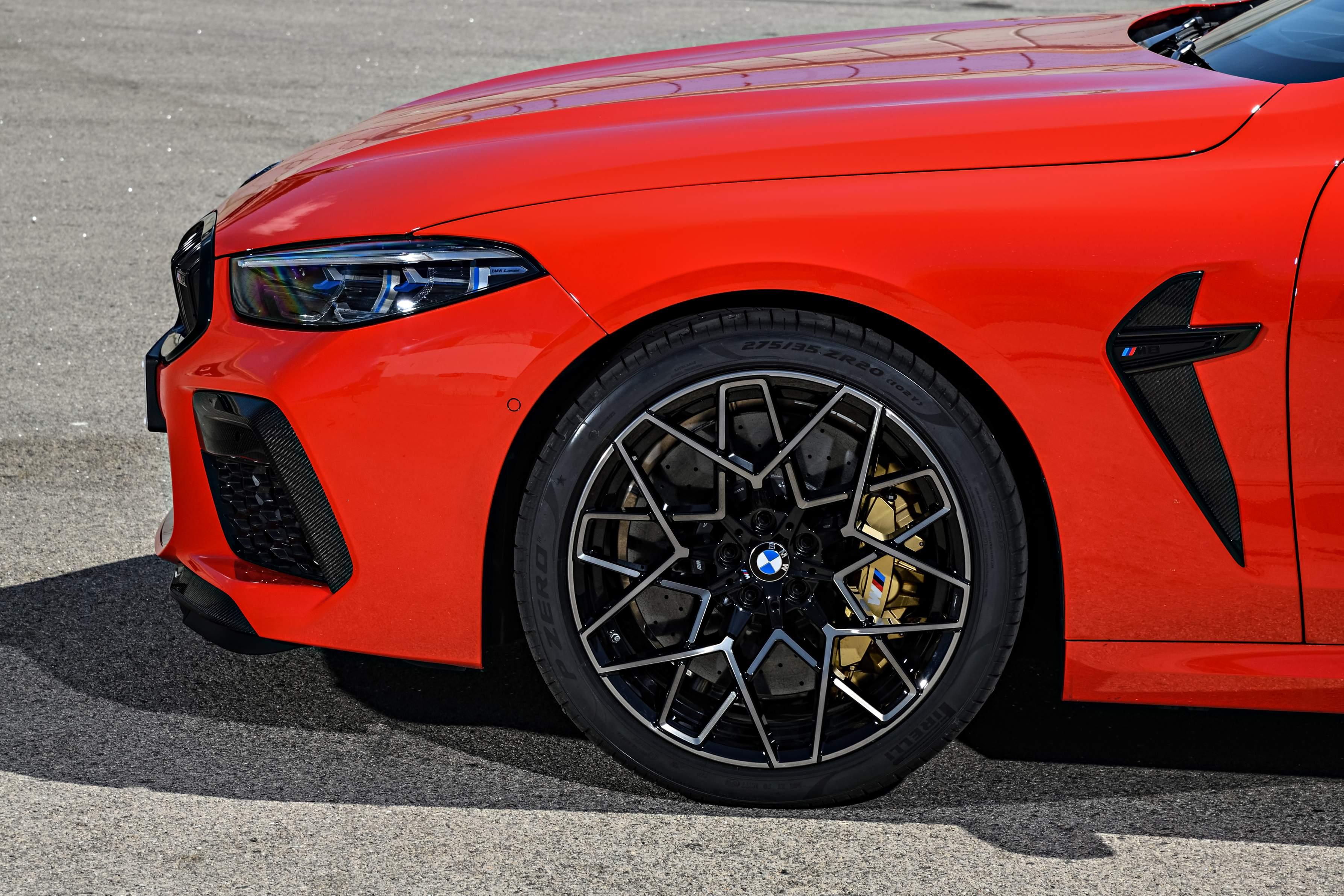 Photo of Yeni BMW M8 için özel üretilen lastikler