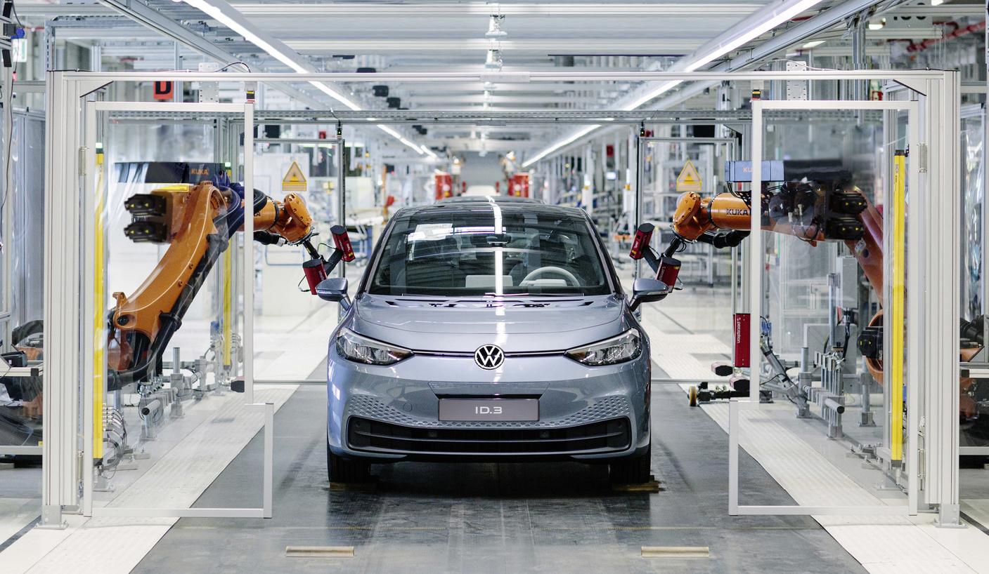 Photo of Elektrikli Volkswagen ID.3'ün üretimi başladı